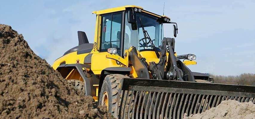 Automatic greasing for wheel loader